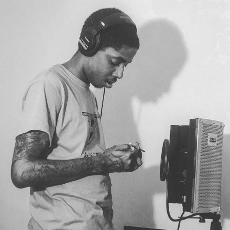 BROOKLYN NEW YORK native #SLEEZOB unveils new single #BROKEHOES and invades mainstream radio