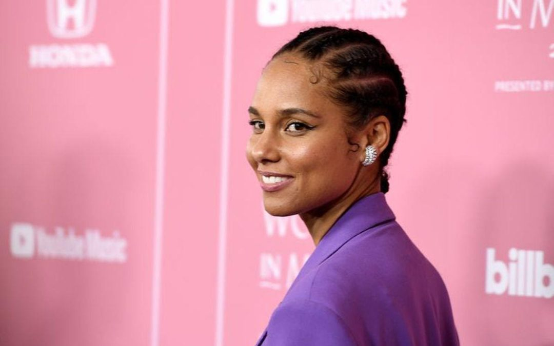 "Alicia Keys releases new single ""Love Looks Better"""