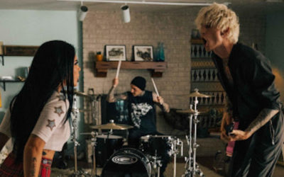 """Machine Gun Kelly teams up with Halsey for """"forget me too"""" visual"""