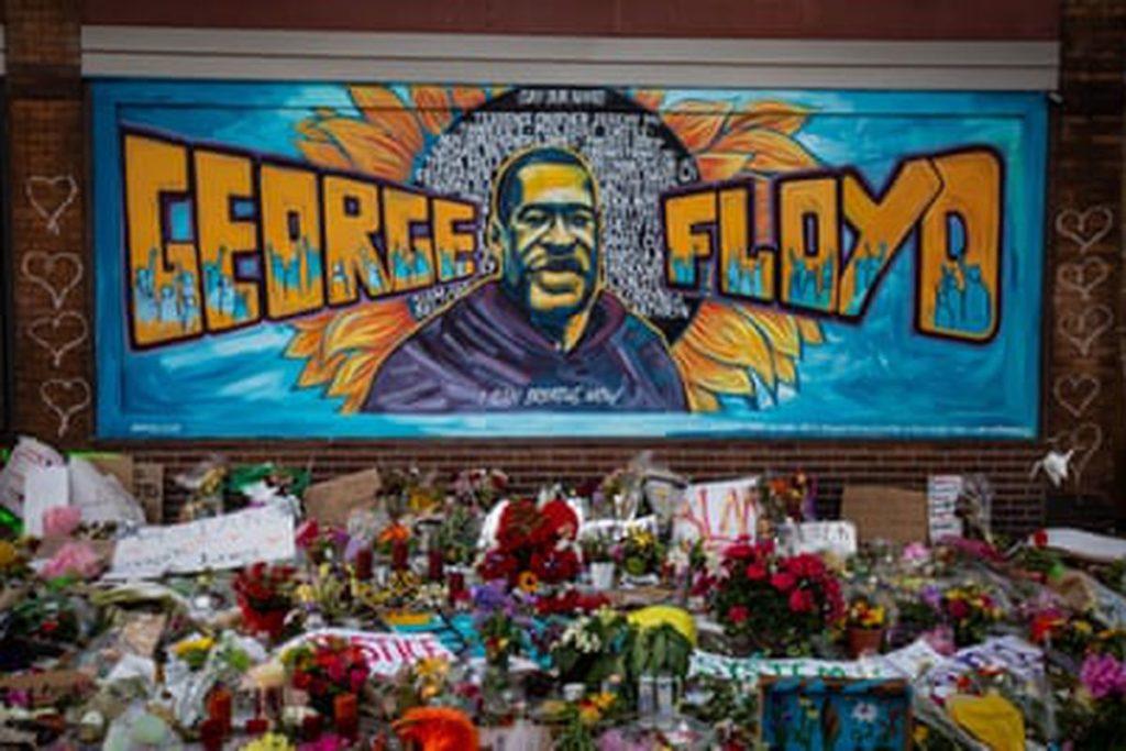"""VIRGINIA TEACHER """"RELIEVED"""" OF DUTIES AS HE ASKED STUDENTS HOW GEORGE FLOYD DIED"""